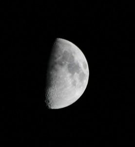 moon-11-25-09